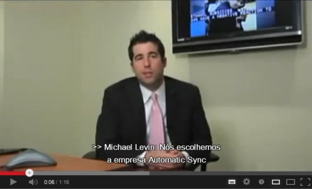 Image of video with Portuguese captions